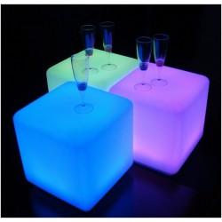 Lampara puf retroiluminada con luz de led 40x40x40cms