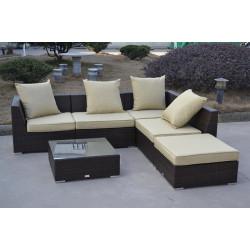 Conjunto de jardín formado por 4 módulos, ottoman y mesa baja fabricados en aluminio y poliratán chocolate