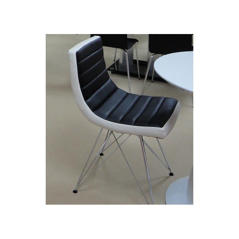Silla de diseño, cromada, tapizado similpiel negra contornos en blanco