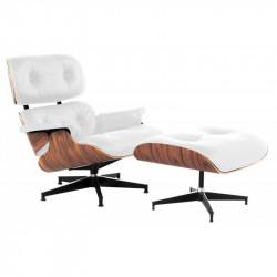Butaca lounge & chair con otoman, chapada en madera de palo rosa, tapizado en similpiel blanca