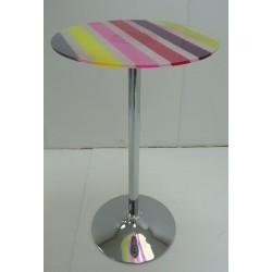 Mesa PANTONE alta fabricada en acrílico multicolor