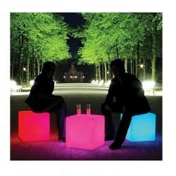 Lámpara puf retroiluminada con luz de led 30x30x30 cms